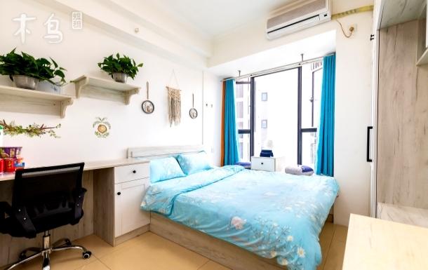 温馨舒适大床房/地铁2号线洪河站/成都东站/成都城市学院
