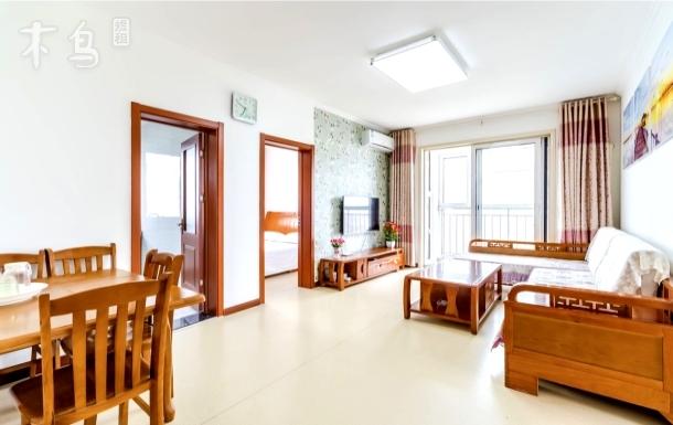 青岛金沙滩电梯270°海景三居,离海近好停车,步行5分钟至沙滩,啤酒节免门票