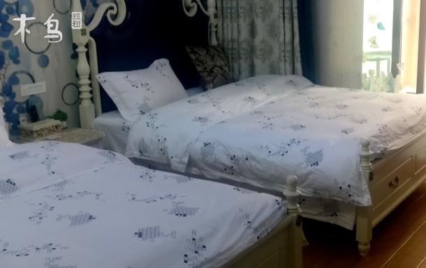 武汉馨居公寓欧式阳台双床房