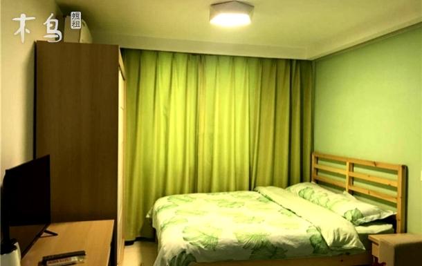 室内采用精装民宿风格,全套宜家家居。
