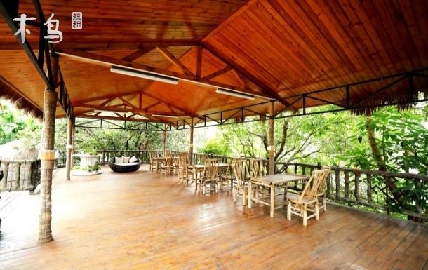 三亚民族风情五椰级中寥村*东篱院双床房~近呀诺达亚龙湾槟榔谷