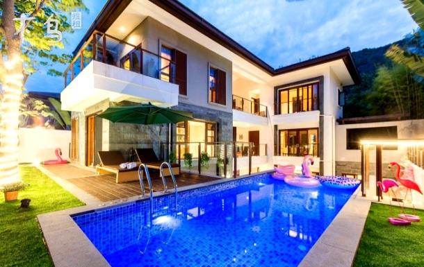 必住网红优质独栋六房别墅泳池房