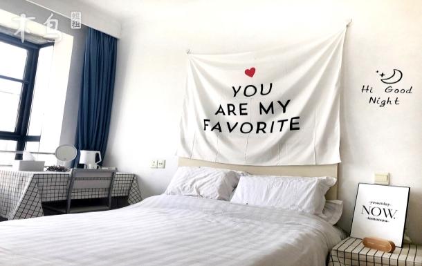 北欧ins风双人卧室  近机场地铁迪士尼