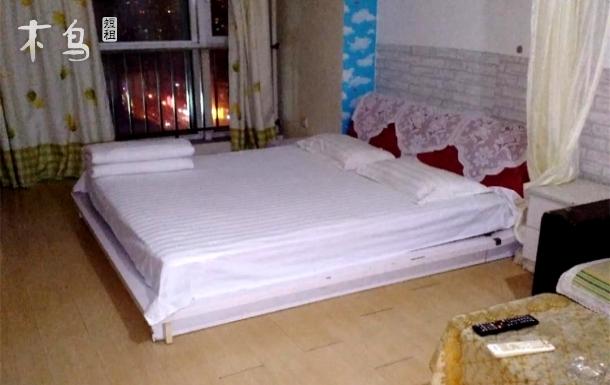 天津和平区金茂广场附近 舒适大床房