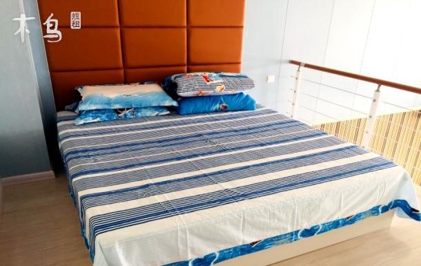 海边精装loft公寓可看海
