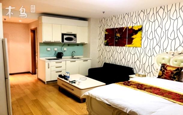 望京SOHO/798豪华大床房