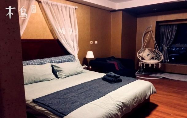 网红打卡浪漫海景大床房