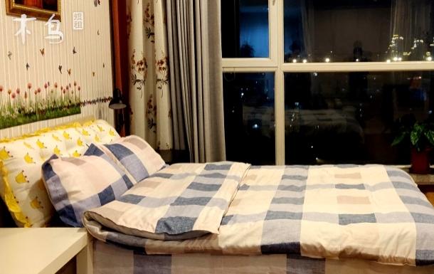 现代简约-西站南站天坛医院首经贸大学现代时尚双床房
