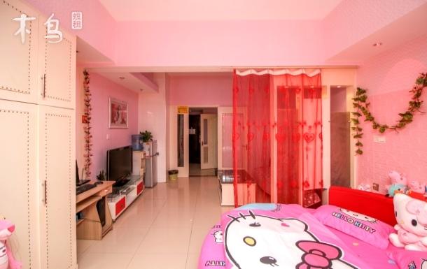 鼓楼大悦城旁温馨浪漫圆床房