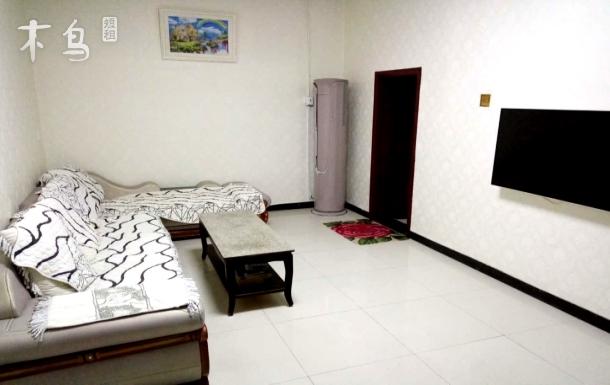 金峰农家院四合院家庭房三室一厅