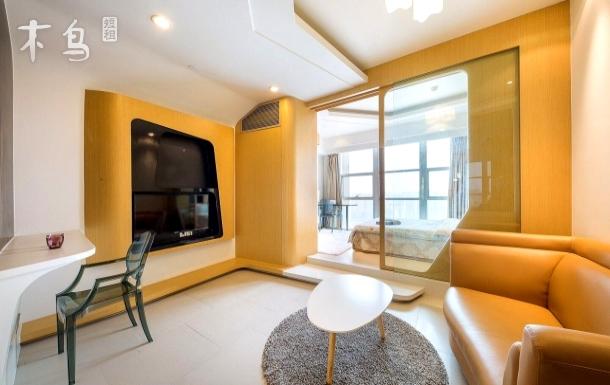 平层朝南一室一厅,星光大道、钱龙附近,近区、杭州印,滨江天街旁
