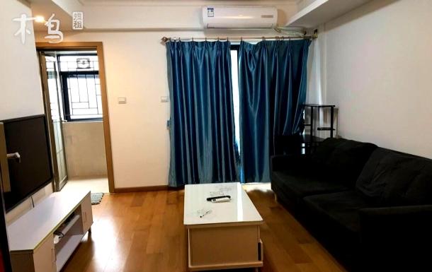 万科里红立方三馆一城温馨舒适一居室新房源出租