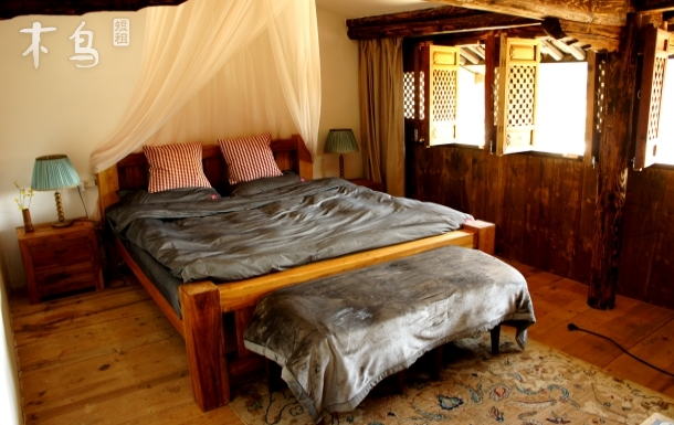 大理巍山【观山禅院】复式观景大床房 全天提供免费有机素食 。禅修养生之地
