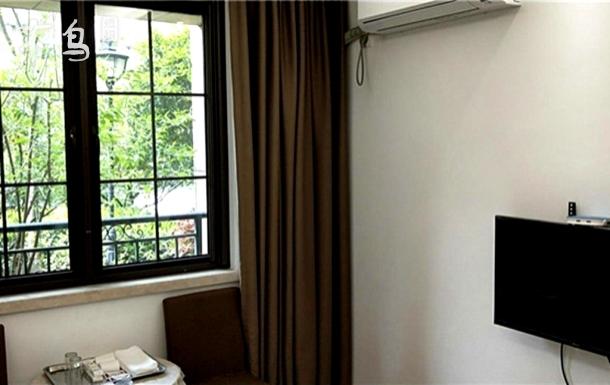 东明山森林公园附近的百灵民宿经济二居室