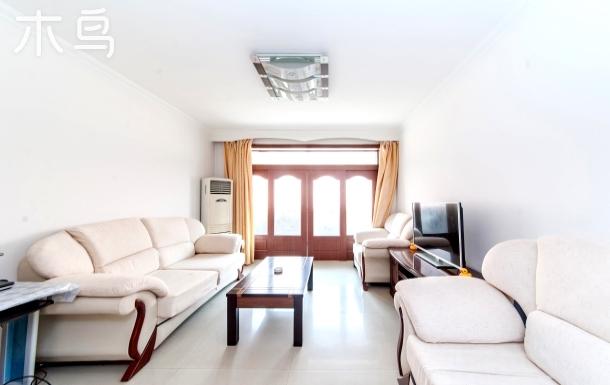 南戴河乐子鑫海苑民宿家庭公寓2室 可做饭