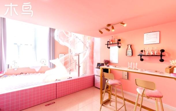 Dream house 滑梯复式网红民宿