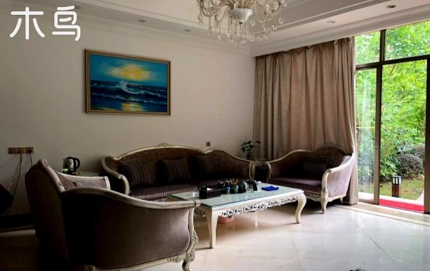 白水寨风景区香江健康山谷私家温泉别墅4房7床