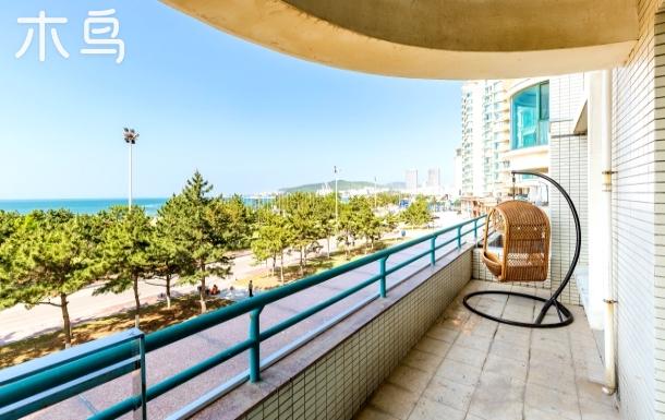 度假电梯海景房 烧烤阳台 三室一厅