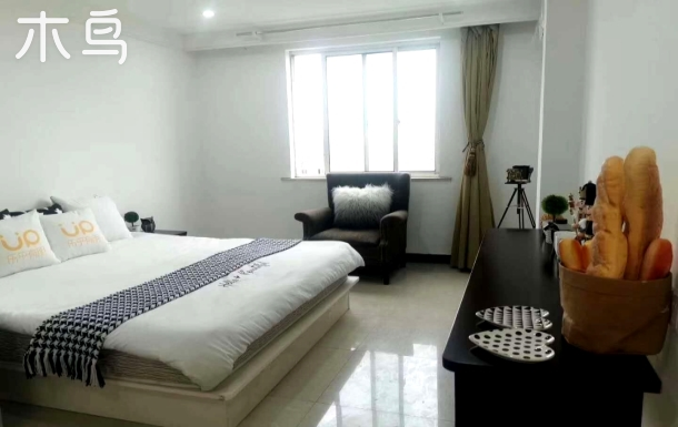 整租一居室,独立卫浴,宽敞明亮住的舒适哦