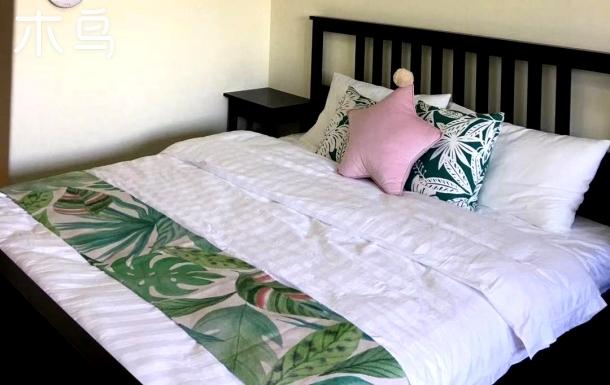 古北水镇爱上云朵大床房山景房,绿色大床房